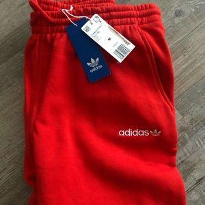 ADIDAS🍄 Oversized Coeeze Red Sweats